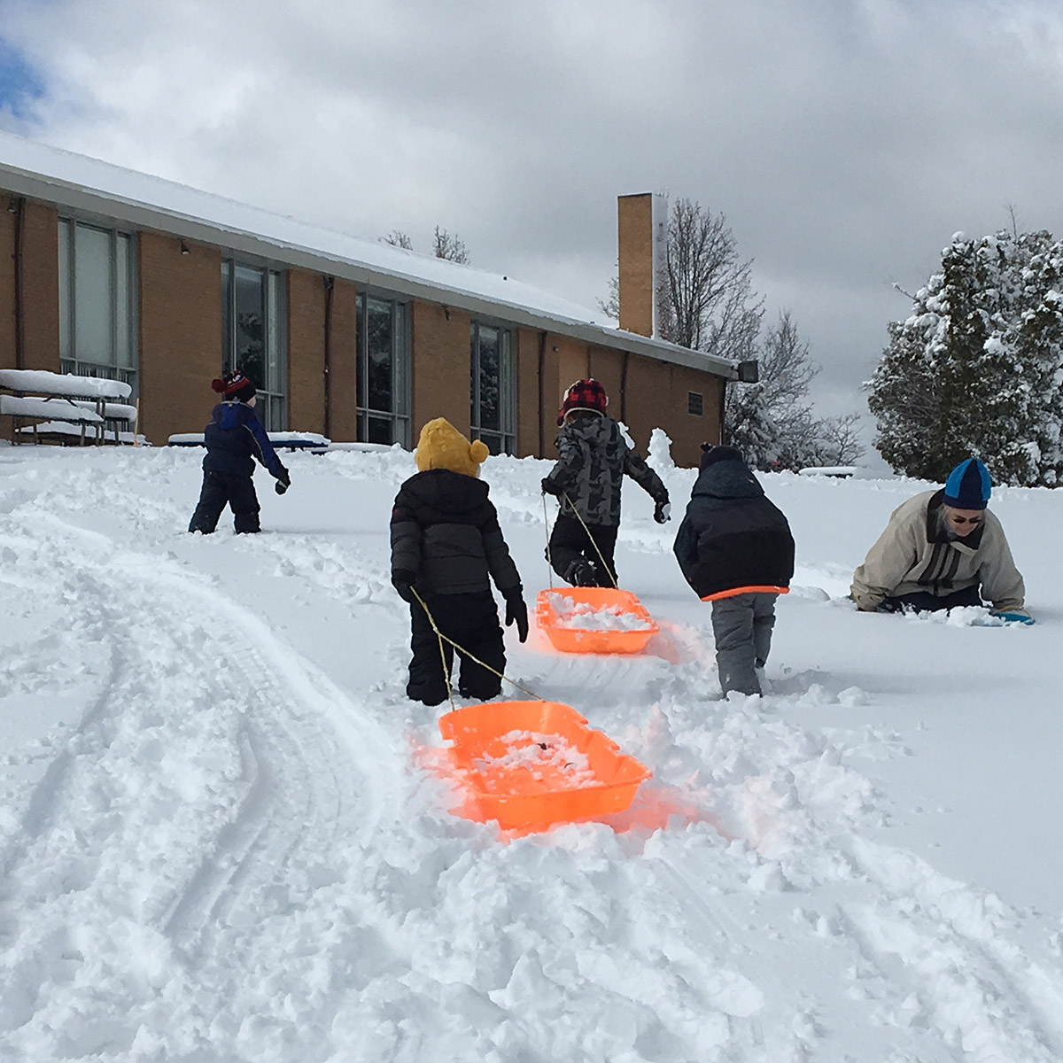 Little Sprouts Preschool - Sledding in Waterford